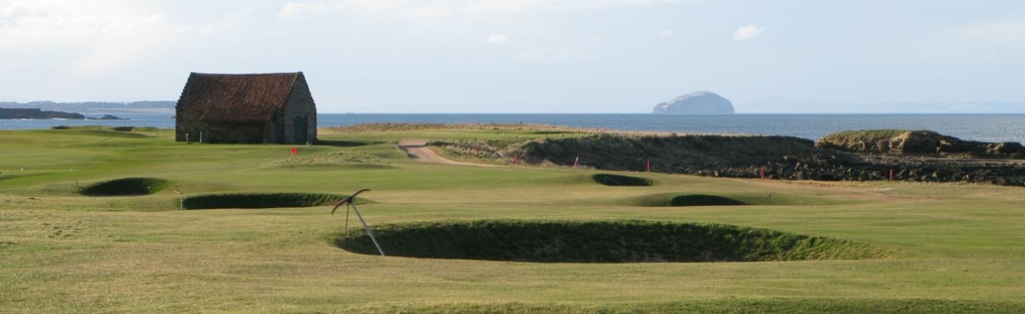Dunbar_golf_club_bass_rock