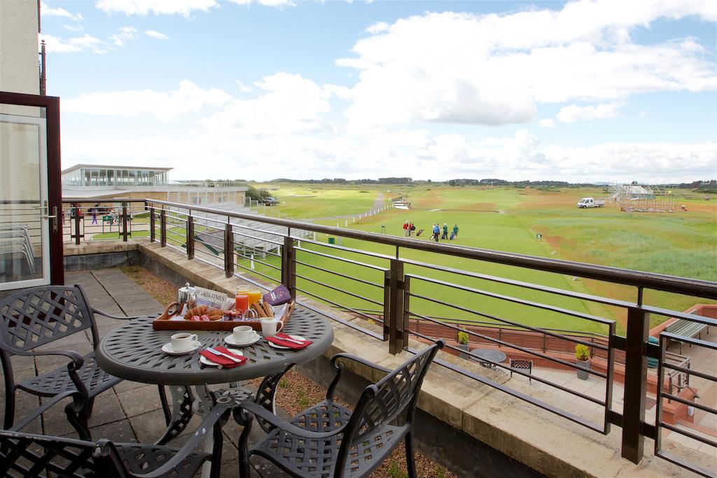 Carnoustie_golf_hotel_balcony