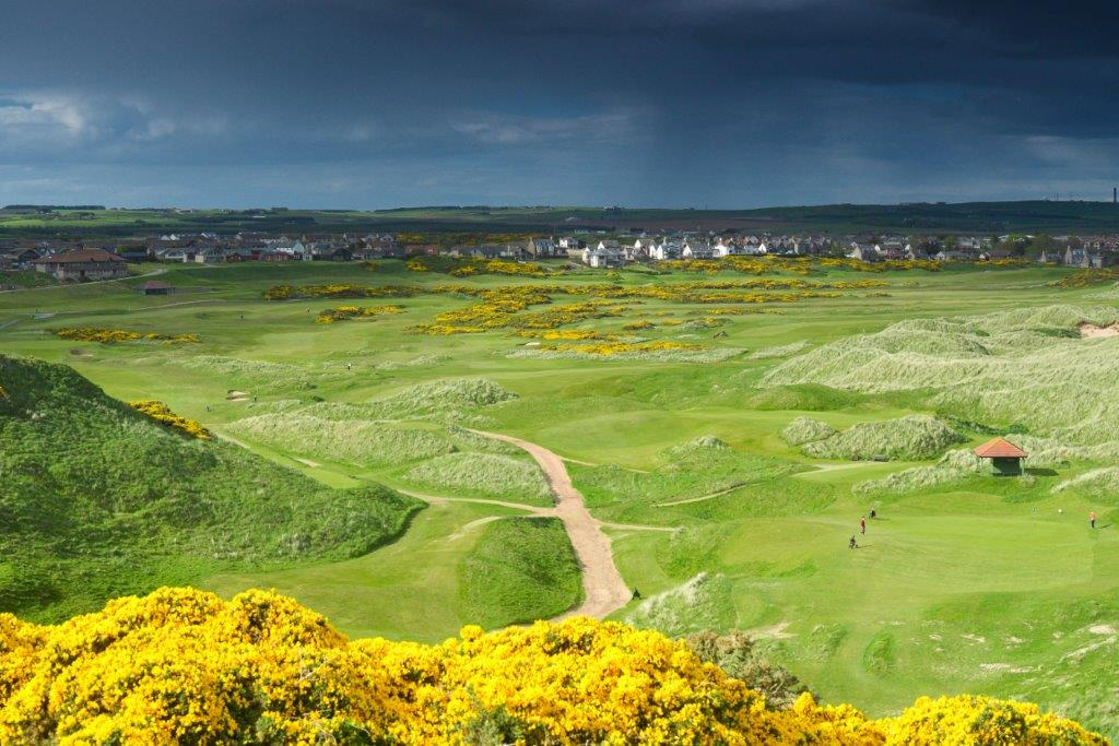Cruden Bay 9 views north clubhouse 4219